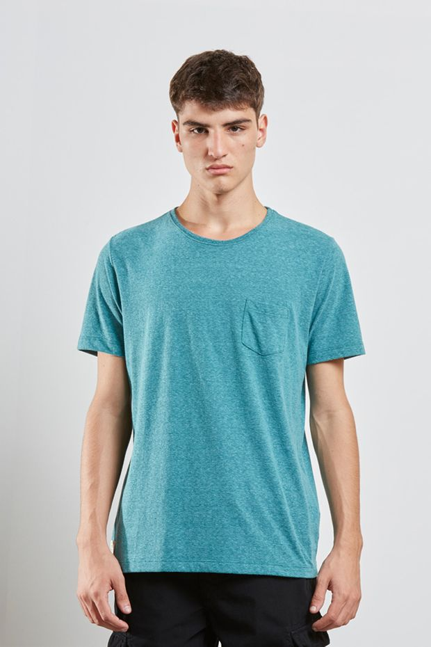 tshirt_basic_marques_verde_17099_frente_armadillo