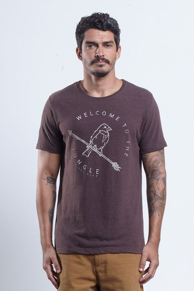 tshirt_welcome_jungle_marrom_17469_frente_armadillo