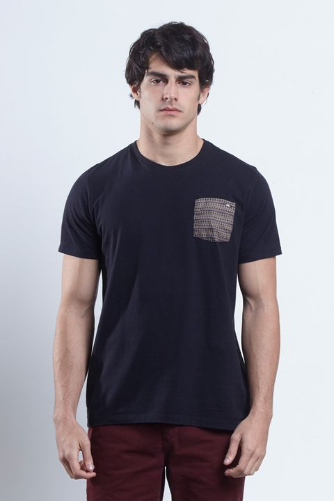 tshirt_triangulo_pocket_17419_frente_armadillo
