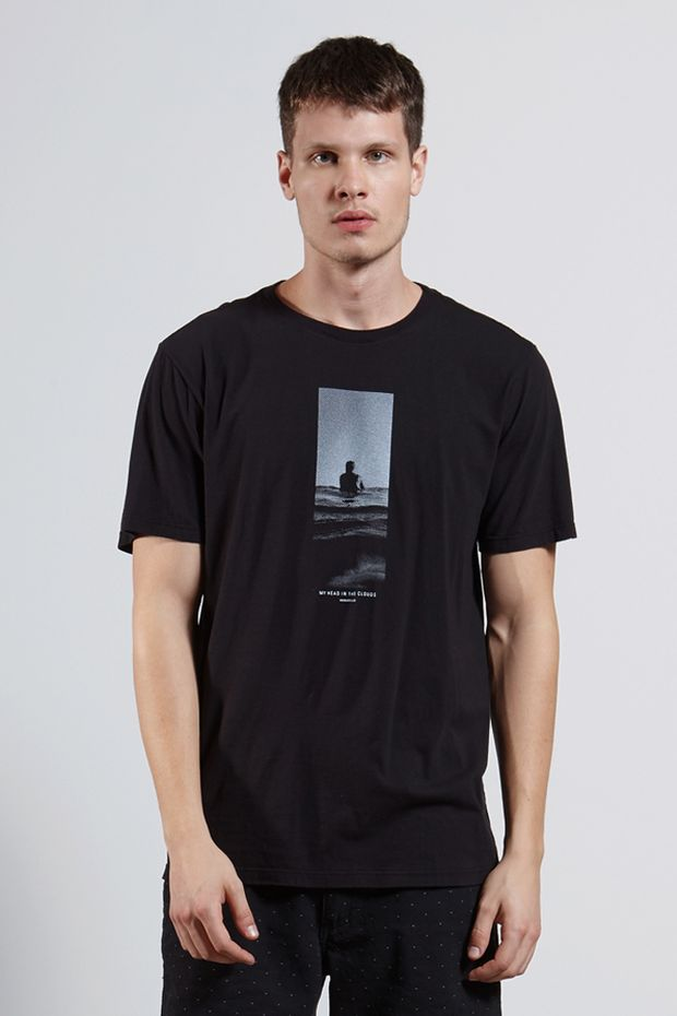 Ref.-18253---T-shirt-mc-malha-my-head-in-clouds-Cor-Preto_frente