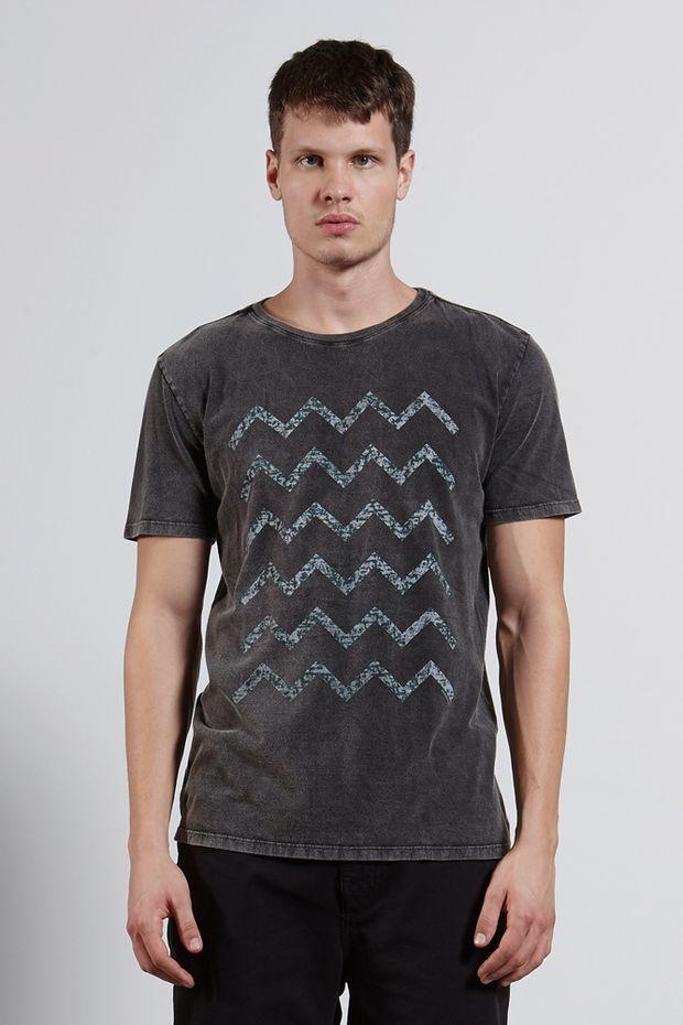 Ref.18442---T-shirt-mc-malha-peaks-Marmorizada-Preto_frente