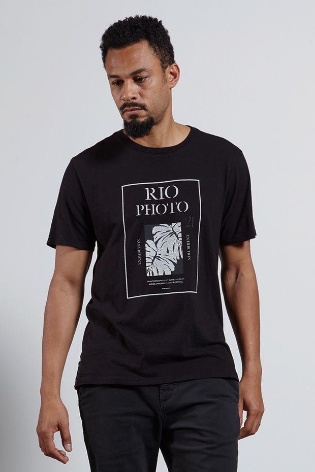 Ref.-18254---T-shirt-mc-malha-rio-photo-Cor-Preto_frente