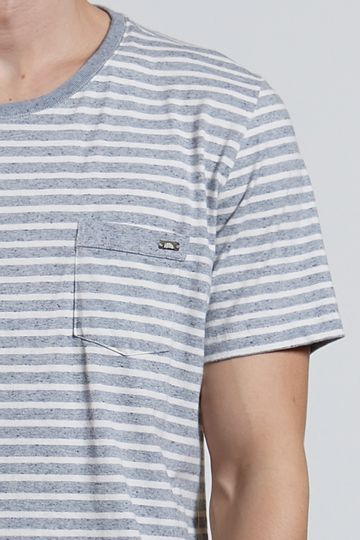 Ref.-18425---T-shirt-mc-malha-Recycle-Stripe-Azul_detalhe
