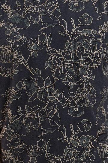 Ref.-18439---Tshirt-Folha-Line-Dark-Verde_detalhe