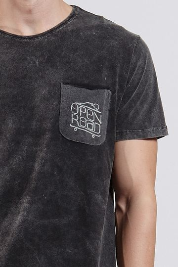 Ref.-8203898-17923----T-shirt-mc-malha-open-road-Cor-Preto---R--6700-03_detalhe