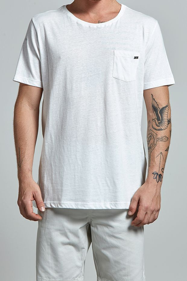 17850_T-shirt-Next-To-White_Cru_editada2