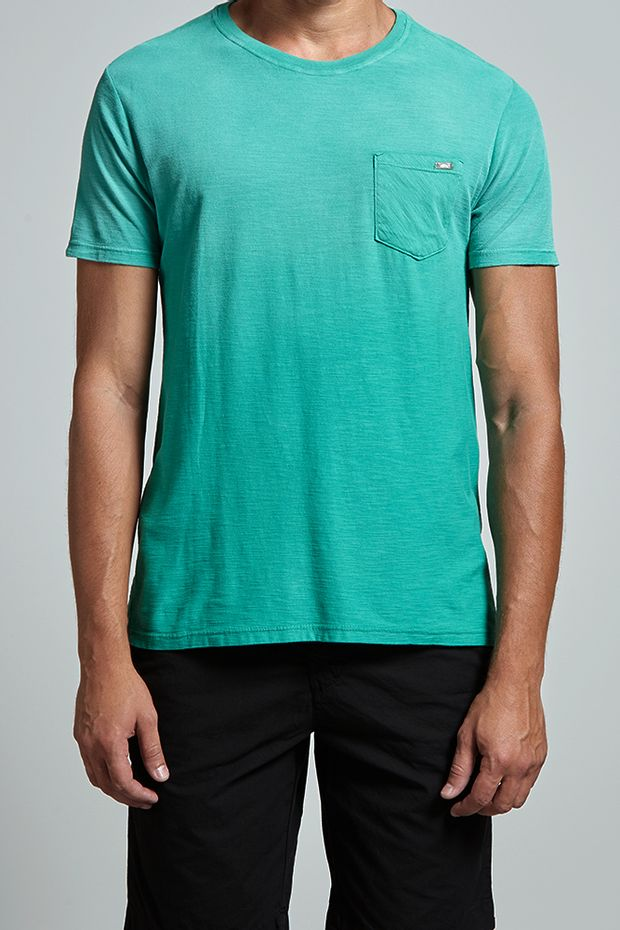 17932_T-shirt-Flame-Basic-Pocket_Verde_editada2