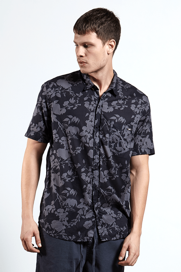 Ref.-Camisa-algodao-folha-silhueta-blu-marinho---frente