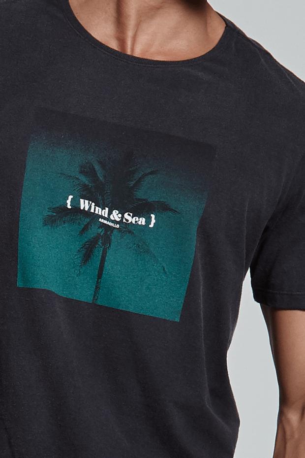 Ref.-18282---T-shirt-wind---sea-preto---detalhe