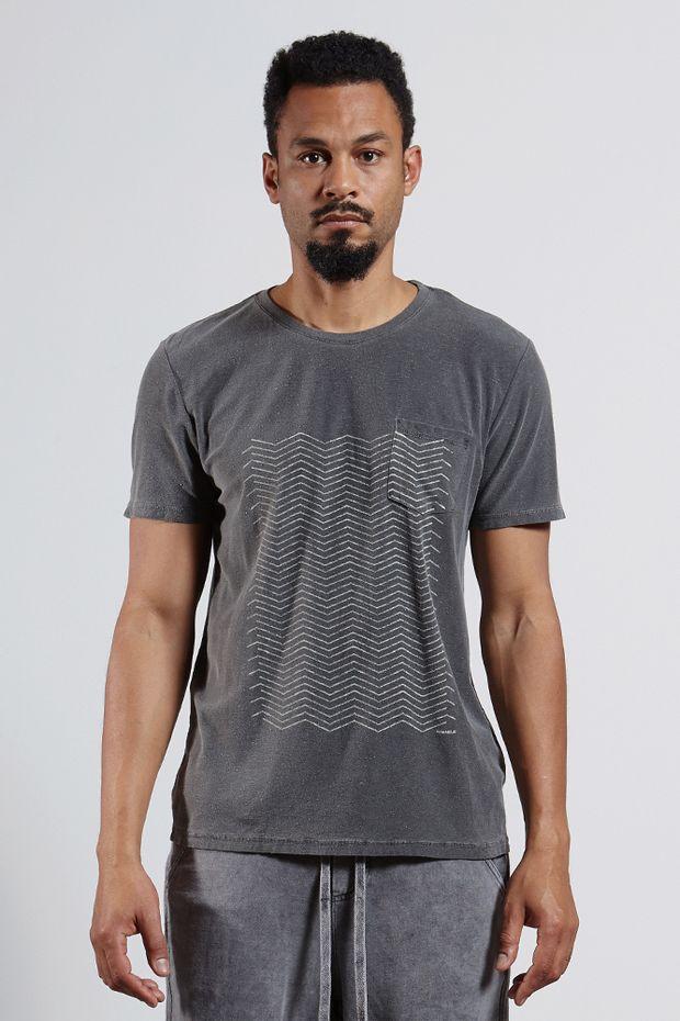 Ref.-8204256-18228----T-shirt-mc-malha-graphic-lines-Cor-Preto---R-6300-03_frente