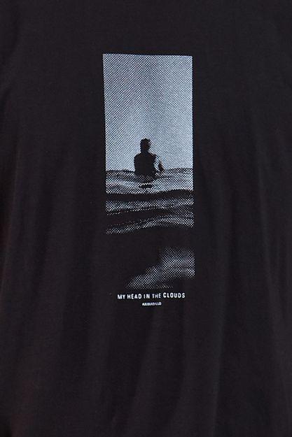 Ref.-18253---T-shirt-mc-malha-my-head-in-clouds-Cor-Preto_detalhe