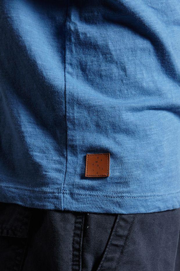 Ref.-18350---T-shirt-mc-malha-flame-basic-pocket-Cor-Azul_detalhe
