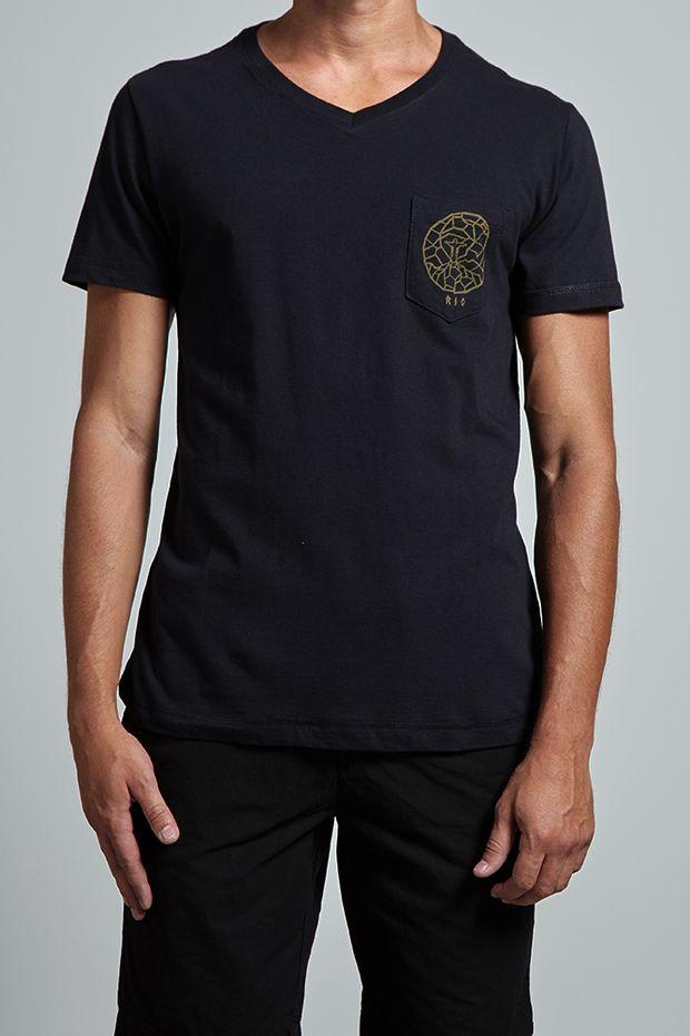 17573_T-shirt-Rio-Redentor_Preto_editada2