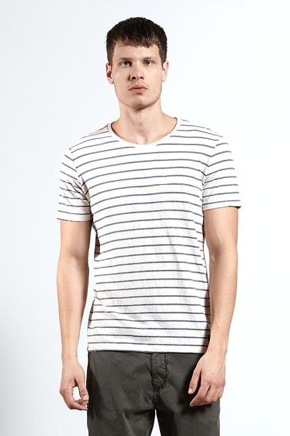 Ref.-18354--T-shirt-malha-naturaleza-stripe-cru-frente