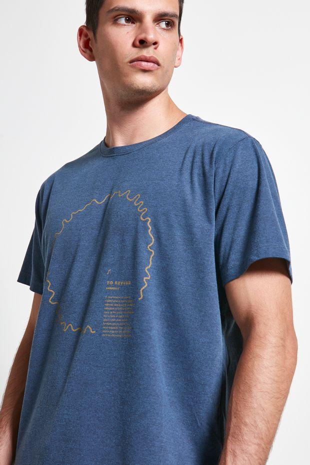 Ref.-18597---Tshirt-Reverb_Azul_detalhe