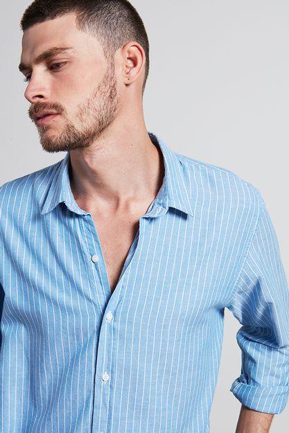Ref.-Camisa-algodao-listrada-downriver-azul---detalhe