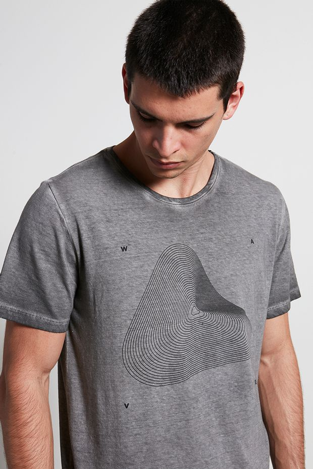 Ref.-18855---t--shirt-malha-wave-preto---detalhe