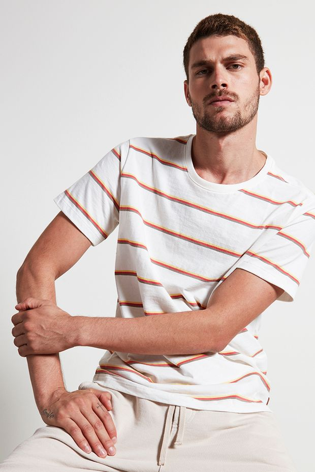 Ref.-18966---t-shirt-malha-la-fio-tinto-cru----detalhe