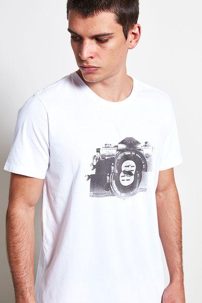 Ref.-18797---t-shirt-malha-focus-branco--detalhe-.