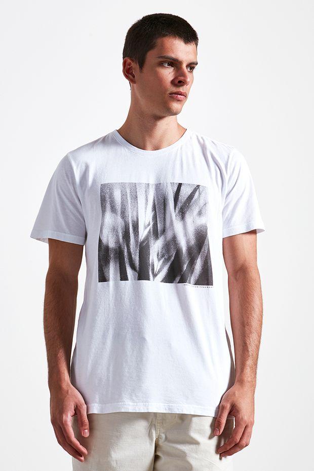 Ref.-18801---t---shirt-malha-fauna-fotografica-branco----detalhe