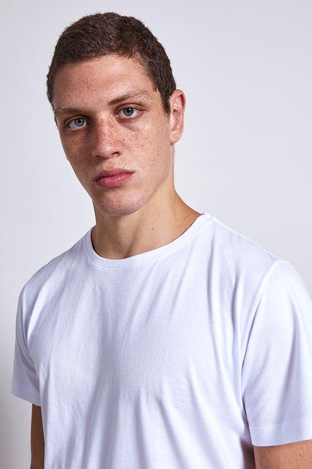 Ref.-19045---t-shirt-malha-pima-basic-branco----detalhe