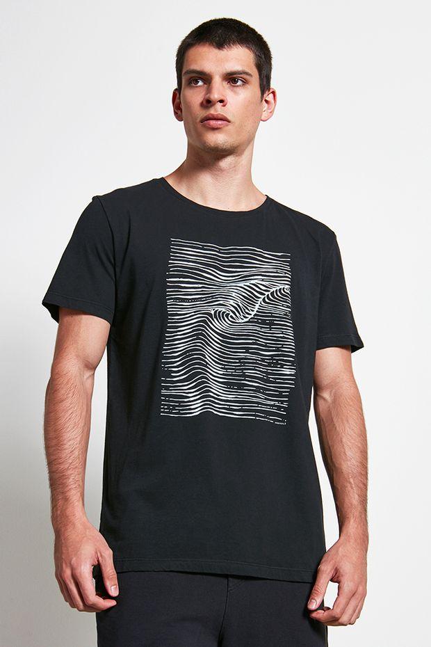 Ref.-18868---t-shirt-malha-sea-waves-preto---detalhe-2
