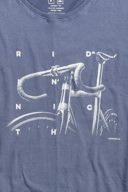 20091---T-shirt-Black-Riding-High--Detalhe-Estampa-