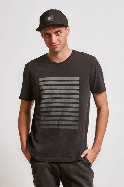 20621---t-shirt-block-degrade-preto--detalhe-