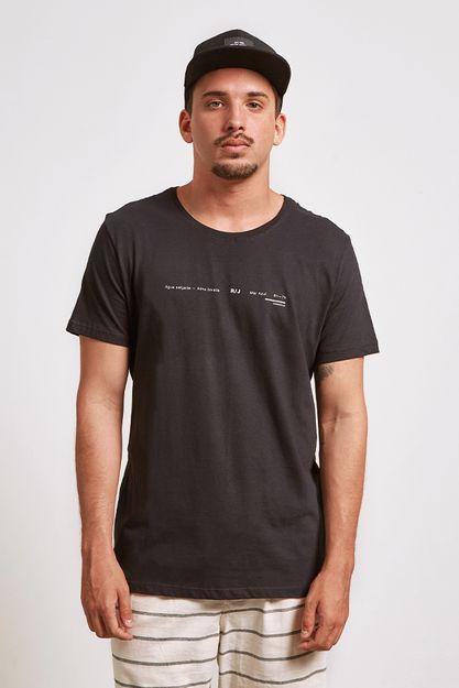 20450---t-shirt-long-e-twins-preto--detalhe-